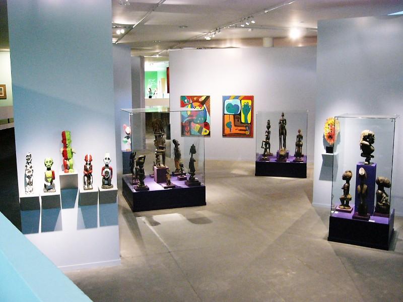 África e Africanias de José de Guimarães» Museu Afro Brasil, São Paulo, Brasil 2006, CREDIT JOSÉ DE GUIMARÃES