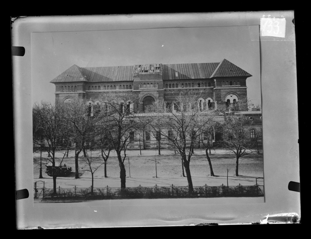The Building of the National Museum of Popular Art (*Future National Museum of The Romanian Peasant) in Bucharest, from The Ethnological Archive of The National Museum of the Romanian Peasant, Bucharest, glass plate negative, reference code CS-133. (between 1880 - 1945)